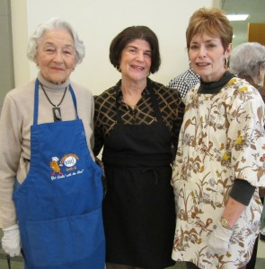 Helping out at the Isadore Garsek B'nai B'rith Lodge's Passover mini-seder March 20 at Beth-El Congregation were, from left, Evelyn Siegel, Sonja Stein and Judy Weinstein. | Photo: Courtesy Barbara Rubin