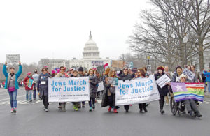 Photo: Ron Sachs Supporters of National Council of Jewish Women and other Jewish organizations come together for the Women's March on Washington.