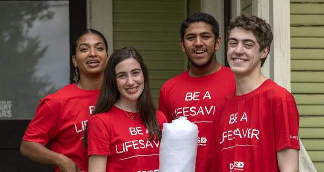 Teens join the fight against blood cancer