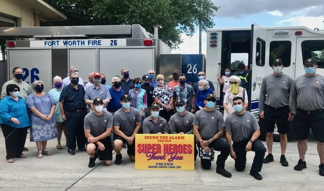 B'nai B'rith volunteers feed firefighters