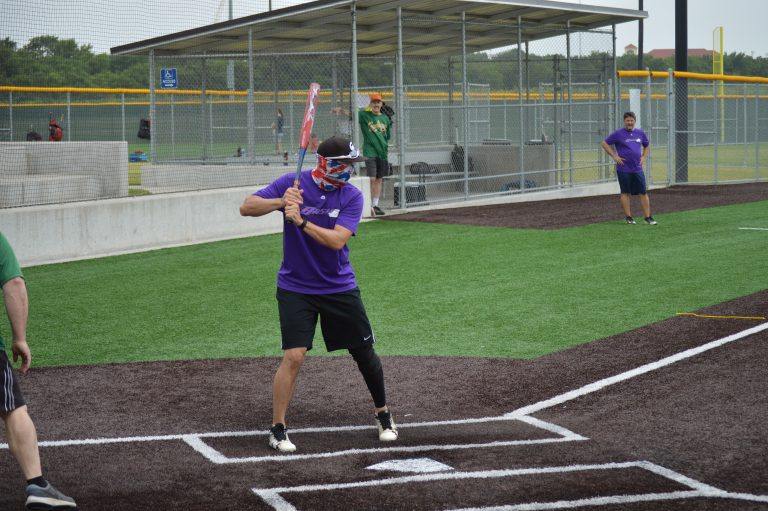 Temple Shalom's softball league is back