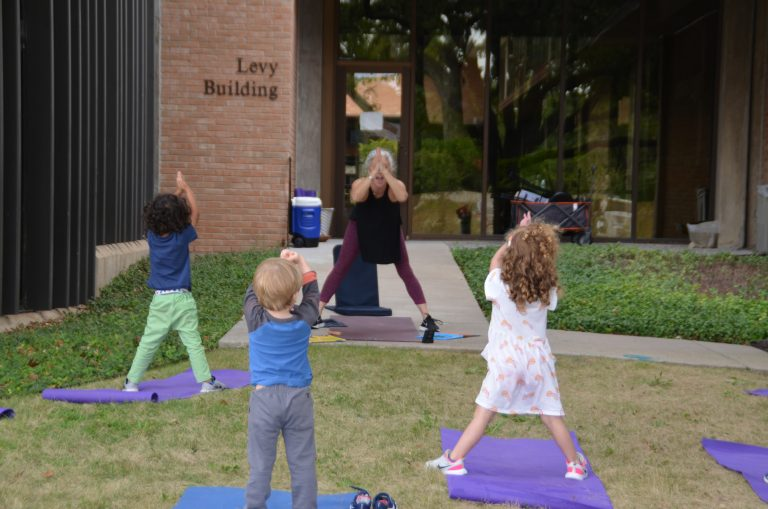 Emanu-El early childhood learning goes outdoors