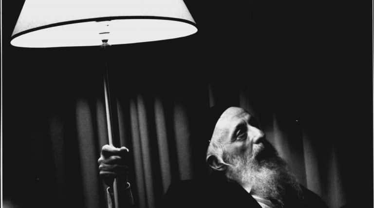 Abraham Twerski, 90, Hasidic rabbi, psychiatrist