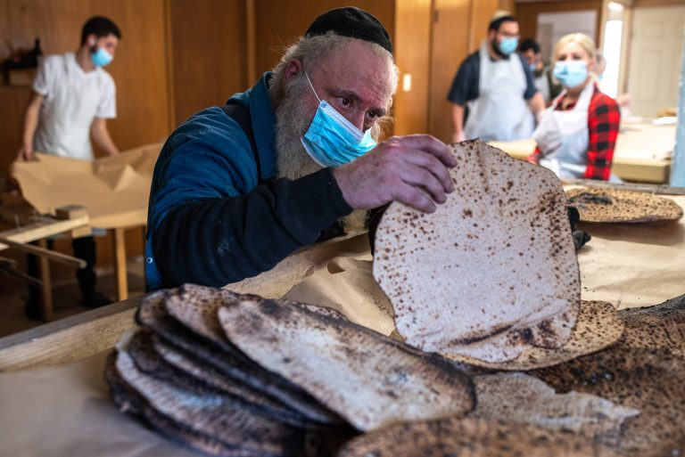 Matzo making activities take off in Fort Worth