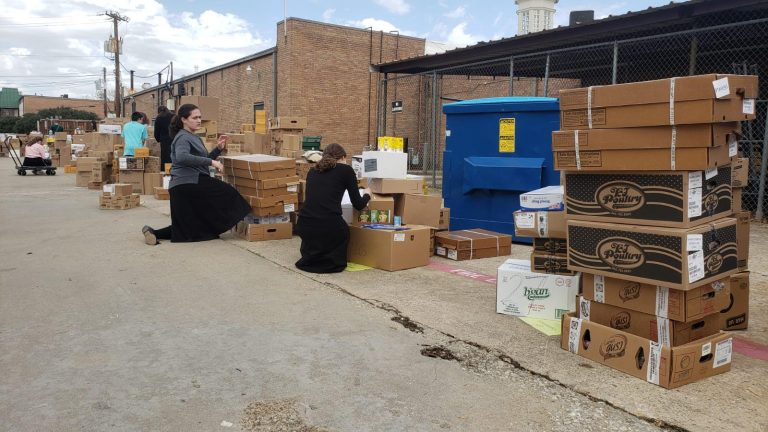 DATA coordinates Passover food, supplies delivery for those in need