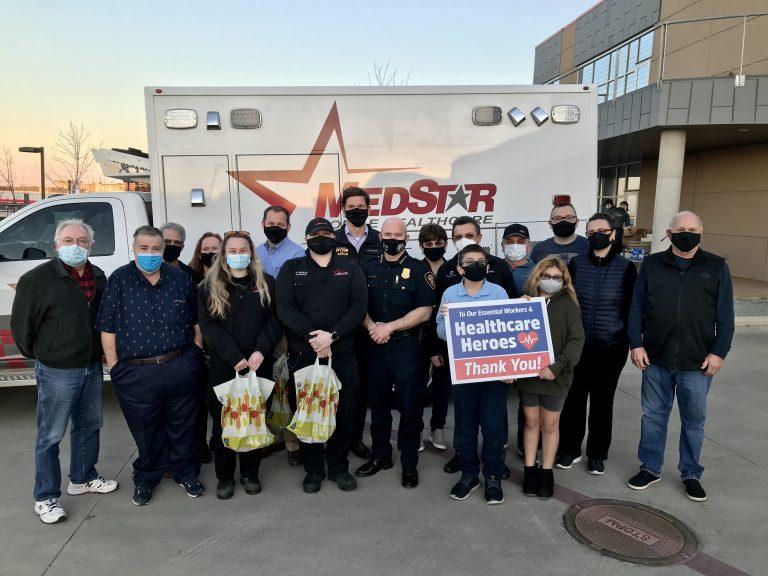 Volunteers feed MedStar team members