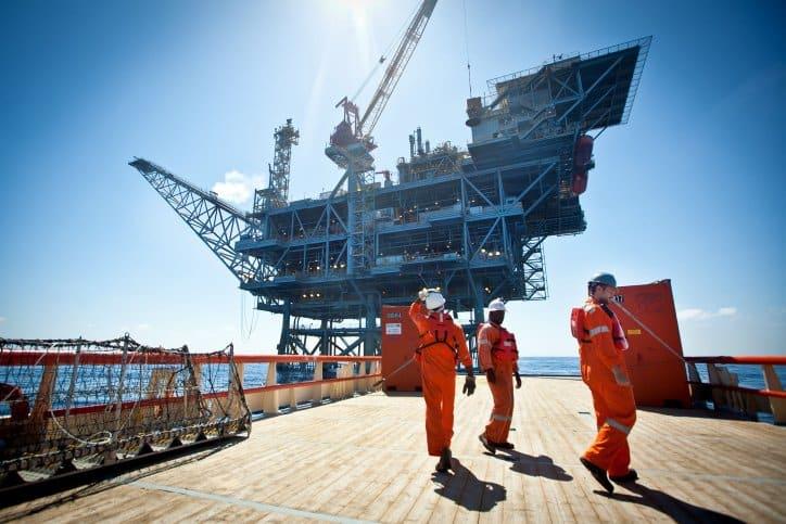 IDF foils attacks on offshore gas rig, eliminates top Hamas naval commander