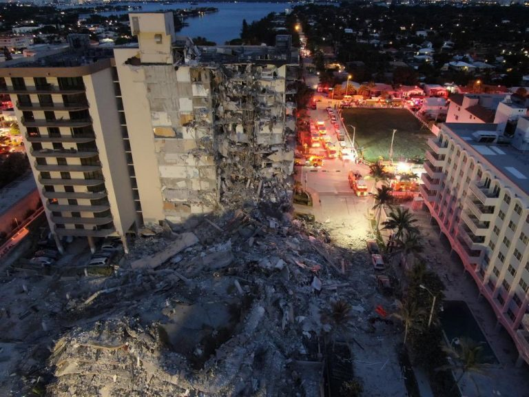 Read more about the article American Jews mobilize in response to deadly building collapse in Surfside, Florida