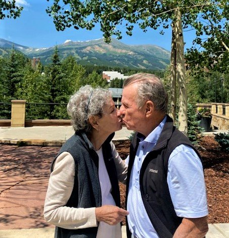 Read more about the article Andrea and Loren Weinstein mark  60 years together